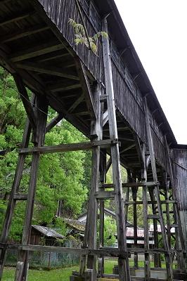 歴史的渡り廊下(または「余部鉄橋」)